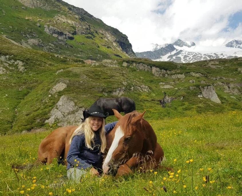reiten-tirol / Rast bei der Johannishütte